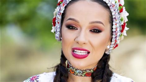 Imagini romantice cu Vlăduța Lupău și soțul ei! Partenerul artistei o răsfață ca pe o regină!  Video
