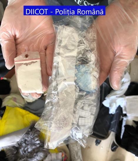 Grupare care se ocupa cu traficul de heroină, destructurată după percheziţii ale DIICOT în Iaşi şi Bucureşti/ 25 de persoane vor fi audiate