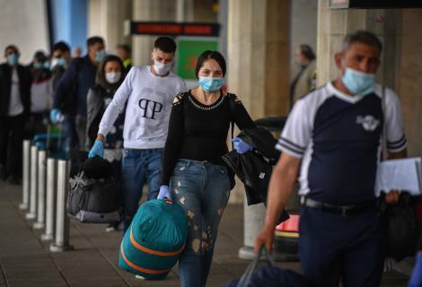 Anunț de maximă importanță! Se scoate izolarea de 14 zile doar pentru românii care se întorc din anumite țări