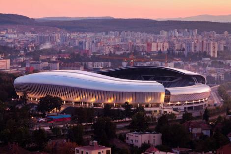 Cluj Arena, transformat în spaţiu de evenimente în aer liber din 12 iunie: teatru, concerte, stand-up comedy