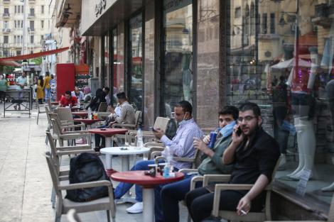 Nota de plată pentru relaxare. Mii de terase închise pentru că nu au respectat regulile. Restaurantele rămân în continuare cu lacăt pe ușă