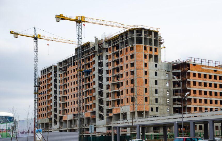 INS: Volumul lucrărilor de construcţii a crescut, ca serie brută, cu 22,3%, în primele cinci luni, faţă de aceeaşi perioadă din 2019