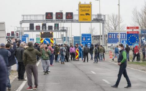 Ungaria schimbă regulile pentru români. Oamenii vor fi testați la graniță și supuși unui control medical obligatoriu