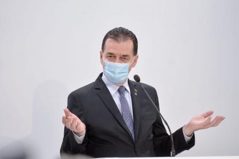 Ludovic Orban a fost huiduit în timpul unei conferințe de presă. Se cere demisia premierului