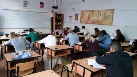 Elevii, tot mai aproape de școala online, din toamnă! Ministrul Educaţiei, despre cele trei scenarii pentru anul şcolar şi universitar 2020-2021