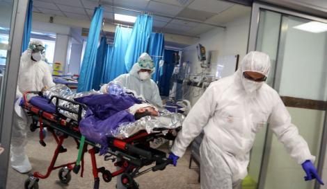 """Medicii, semnal de alarmă după ce pacienții s-au externat pe proprie răspundere: """"Pericolul e foarte mare. Pot deveni focare de infecție!"""""""
