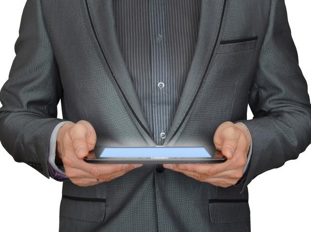 Cum îți gestionezi, simplu și rapid, afacerile?