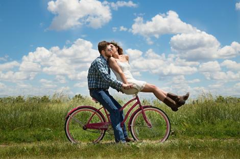4 motive pentru a tine banii la comun cu partenerul de viata