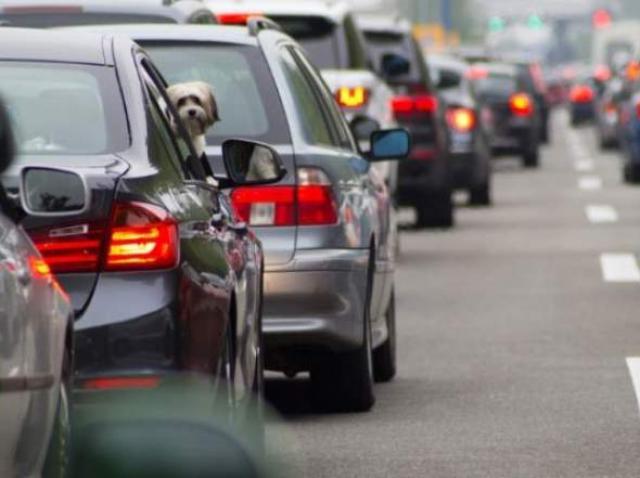 Atenție, șoferi! Se schimbă regulile pentru înmatriculările, înregistrările auto și păstrarea numerelor
