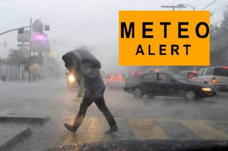 Încă o avertizare de vreme rea. Cod portocaliu cu furtuni și ploi torențiale. ANM, prognoză specială pentru Bucureşti