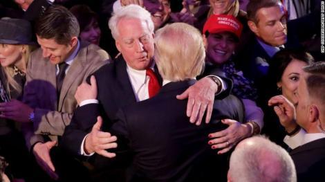 """Donald Trump e distrus de durere. Fratele său mai mic, Robert Trump, a murit azi-noapte: """"Am inima îndurerată!"""""""