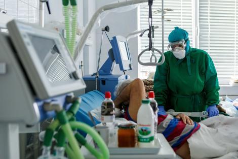 Peste 1.000 de cazuri de coronavirus în România, în ultimele 24 de ore. Alți 45 de oameni au murit