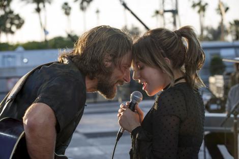 """Bradley Cooper, după ce """"S-a născut o stea"""", se pregătește pentru revenirea pe marile ecrane! Nu îl vei mai recunoaște în noul film, are barbă și păr lung"""