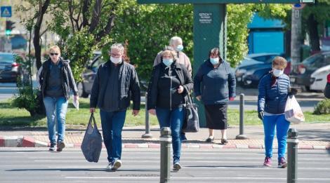 E oficial! Purtarea măștii de protecție devine obligatorie în aer liber, în București. Măsura intră în vigoare marți, 4 august