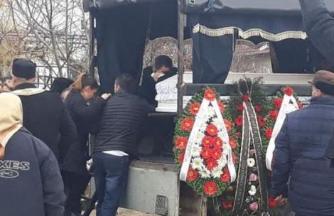 O familie din Prahova a ținut mortul neîngropat timp de 30 de zile! Motivul este halucinant