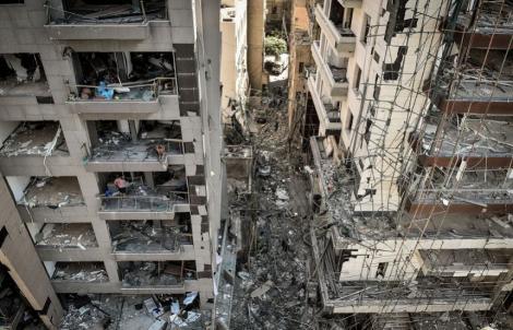 Liga Arabă şi Turcia sprijină reconstruirea capitalei libaneze. Proteste anti-guvernamentale, sâmbătă. Noi demisii în rândul parlamentarilor