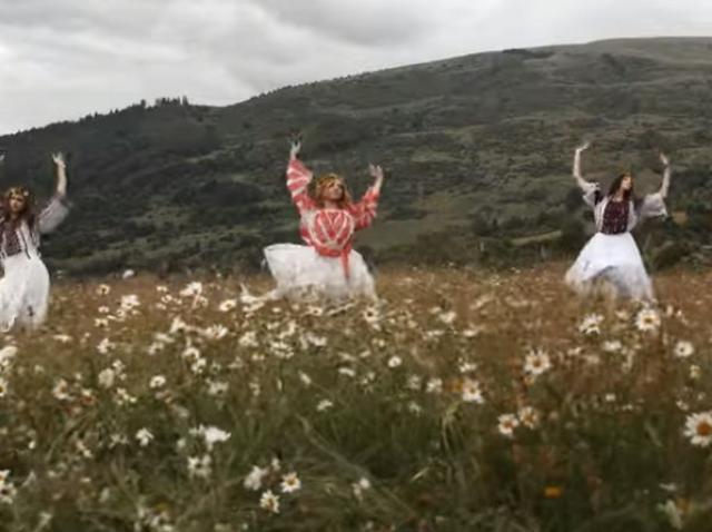 Balerina Alice Minoiu, soprana Zsuzsana Cerveni şi violonistul Mircea Lazăr, într-o campanie de susţinere a artei în pandemie