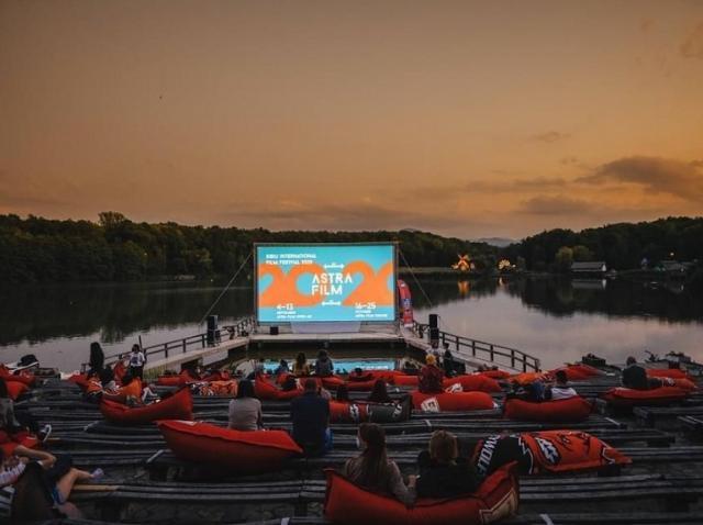 Gala Astra Film Festival 2020 va fi însoţită de o proiecţie-reverenţă oferită cadrelor medicale