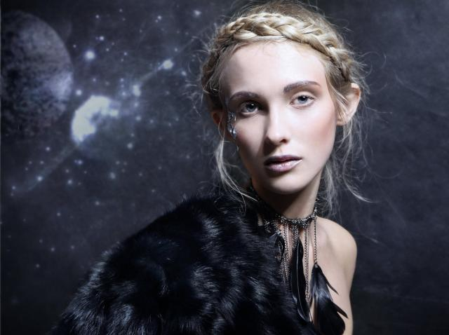 Cele mai frumoase femei ale zodiacului! Te îndrăgosteşti pe loc de ele