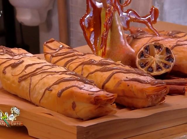 Rețetă de plăcintă în culorile toamnei: Plăcintă cu pere și ciocolată