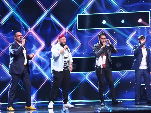 Grupul Super 4, prestație pe scena X Factor