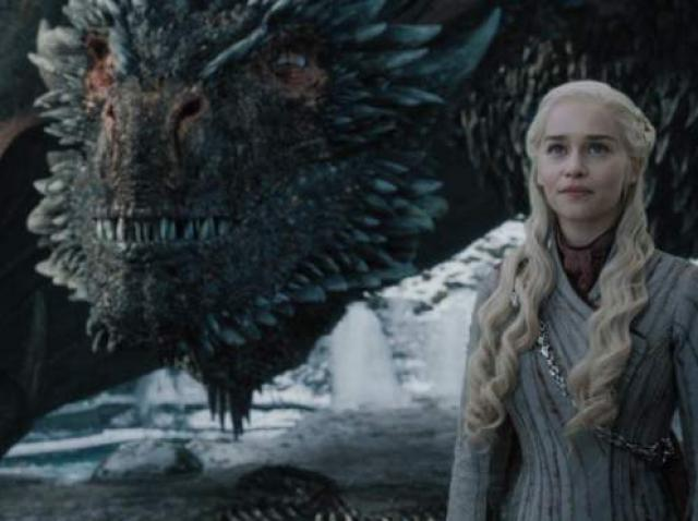 """""""You know nothing, Jon Snow!"""" Creatorii """"Game of Thrones"""" revin cu un nou serial pe Netflix! Producția va prezenta primul contact al omenirii cu o civilizaţie extraterestră"""