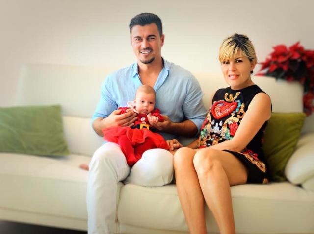 Eva Maria, fotografie cu părinții