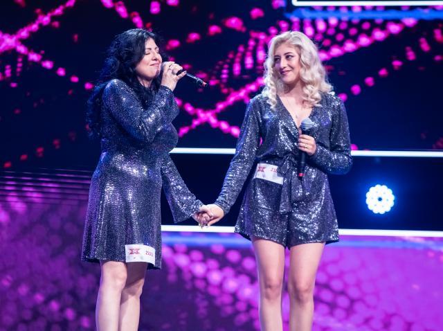 Otilia și Adelina Gogu sunt mamă și fiică și au urcat împreună pe scena X Factor. Piesa pe care au cântat-o i-a emoționat pe toți