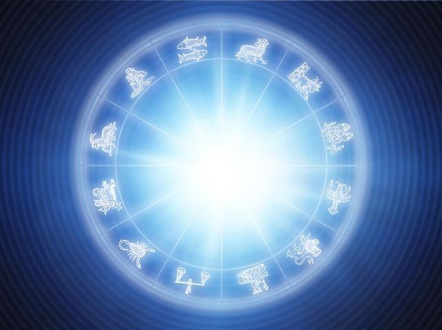 semnele zodiacale pe un fundal albastru