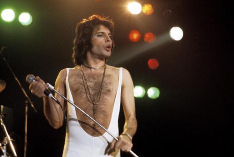 Mesajul emoționant pe care i l-a trimis Freddie Mercury lui Elton John, cu doar câteva zile înainte să moară. Ce a scris legenda rock în ultimele sale clipe