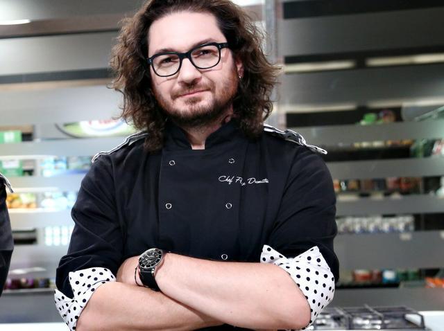 """Florin Dumitrescu, în bucătăria emisiunii """"Chefi la cuțite"""", sezonul 8"""