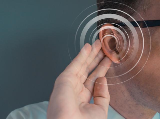 Ilustrație cu urechea unui bărbat