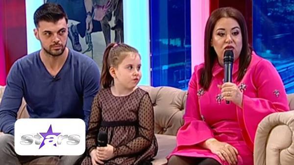 Oana Roman si Marius Elisei impreuna cu fiica lor, Izabela, la antena stars