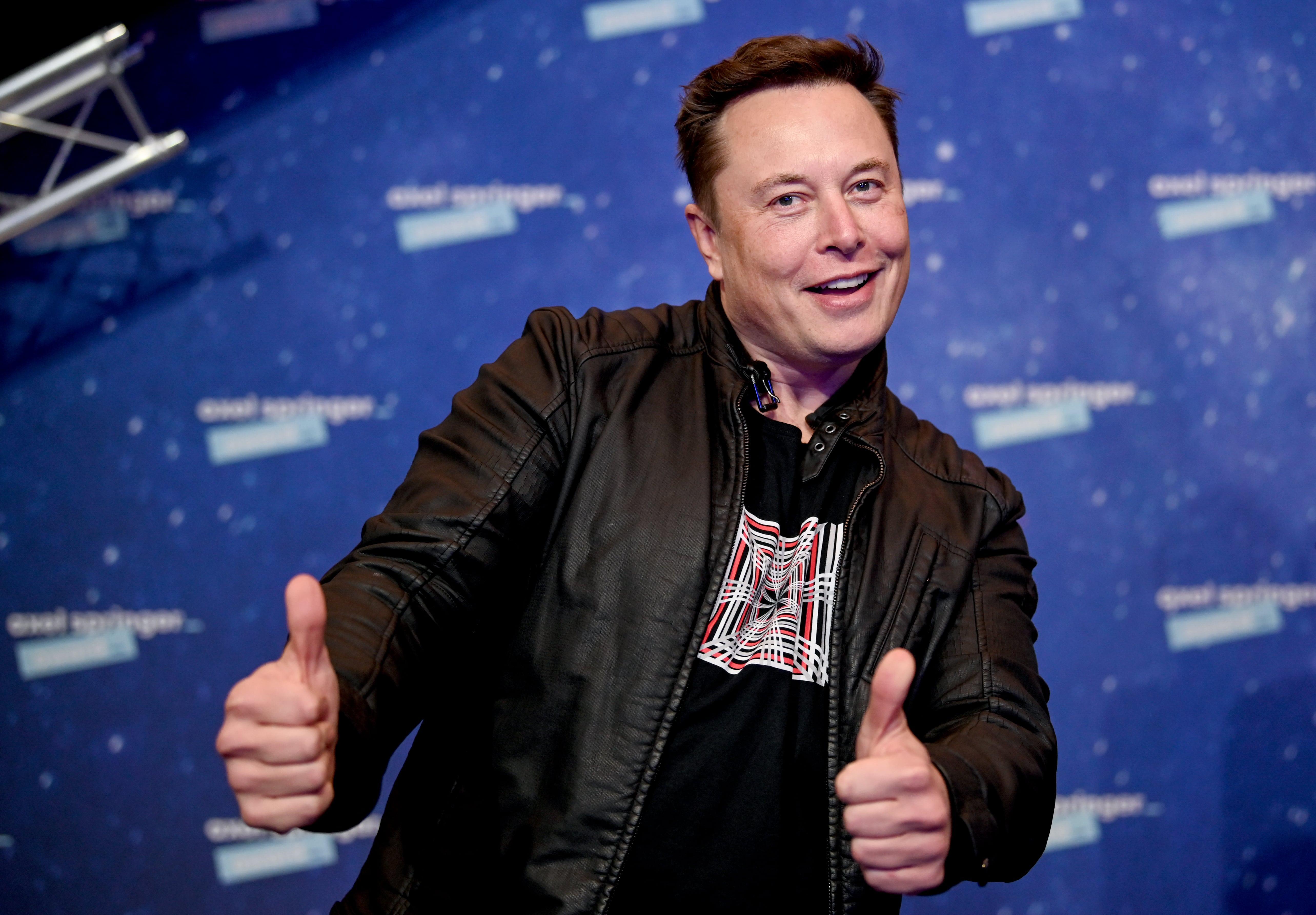 Elon Musk oferă un premiu de 100 de milioane de dolari. Cine poate primi suma fantastică