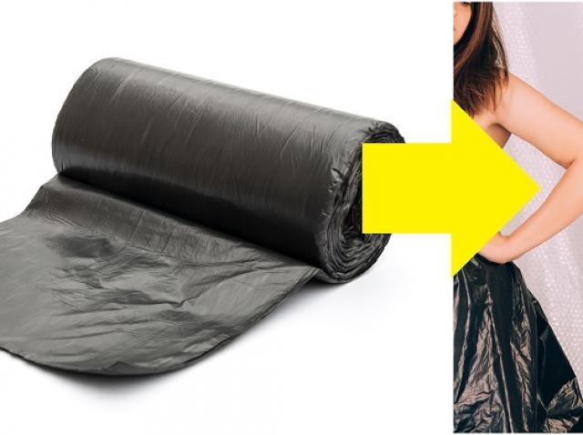 Colaj sac de gunoi si rochie din saci de gunoi