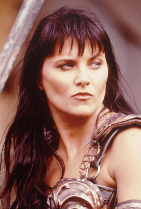 Lucy Lawless în rolul personajului Xena din ''Xena: Prințesa războinică''