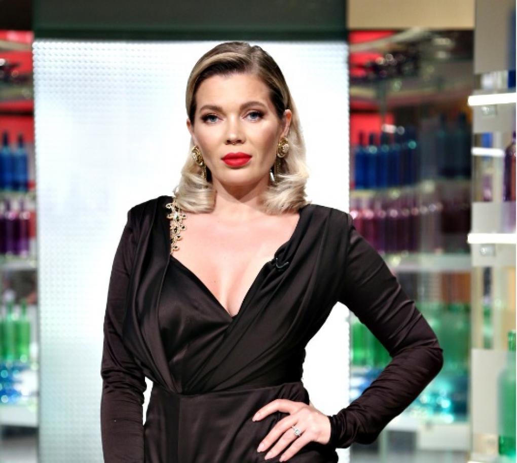 """Gina PIstol în platoul emisiunii """"Chefi la cuțite"""" sezonul 8"""