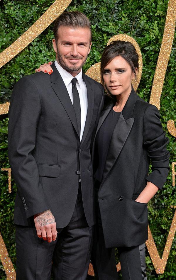 David Beckham și Victoria imbracati in negru