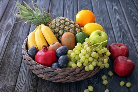 """Care sunt cele 4 fructe care îngrașă. Nutriționist: """"Acestea nu trebuie consumate în dietă"""""""
