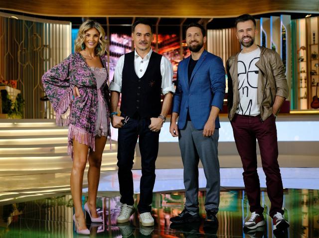 """Ramona Olaru, Răzvan Simion, Dani Oțil și Florin Ristei, în platoul emisiunii """"Neatza cu Răzvan și Dani"""" de la Antena 1"""
