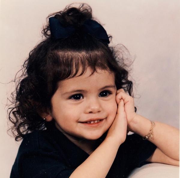Selena Gomez când era mică