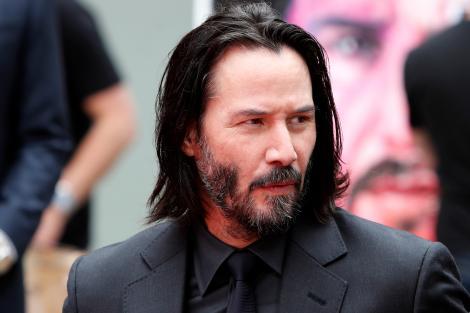 Keanu Reeves, covorul rosu