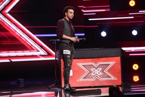 """X Factor 2021, 1 octombrie. Robert Reamzey a făcut show cu o interpretare originală a piesei Take Me To Church: """"Ești nebun"""""""