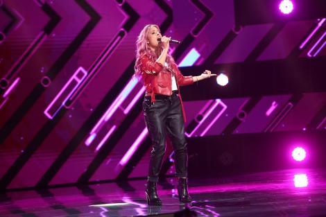 """X Factor 2021, 15 octombrie. Alice Olivari aduce emoție pe scena X Factor cu piesa """"Strong Enough"""". """"Am apreciat energia ta"""""""