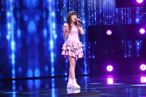 """X Factor 2021, 15 octombrie. Ilona Andreea Nicula a făcut furori cu piesa """"Oops, I Did It Again """". """"Să știi că eu sunt fana ta"""""""