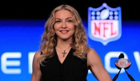 Madonna a fost fotografiată pe străzile din New York. Cântăreața le-a oferit fanilor un adevărat spectacol
