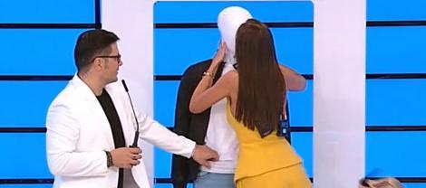"""Prețul cel bun, 7 octombrie. Iuliana Luciu și-a găsit un """"iubit"""" în emisiunea de astăzi. A pupat un manechin"""