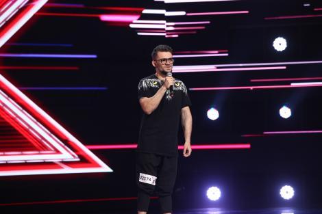 X Factor 2021, 8 octombrie. Edson D'Alessandro i-a emoționat pe jurații cu interpretarea melodiei Hallelujah, dar și cu povestea