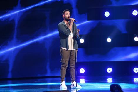 X Factor 2021, 8 octombrie. Ștefan Dincă a cântat Writing's On The Wall și a provocat o discuție amuzantă despre meseria sa
