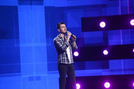 """X Factor 2021, 8 octombrie. Florin Iordache, fostul membru al trupei Krypton, a cântat Man In The Mirror: """"Ești o surpriză"""""""